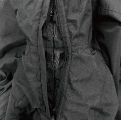 防水防寒ツナギ GE-207 の脇下エアダクトの写真