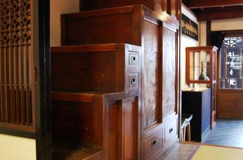 伝統的な和風家具