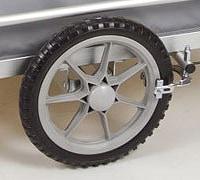 ノーパンクタイヤ標準装備