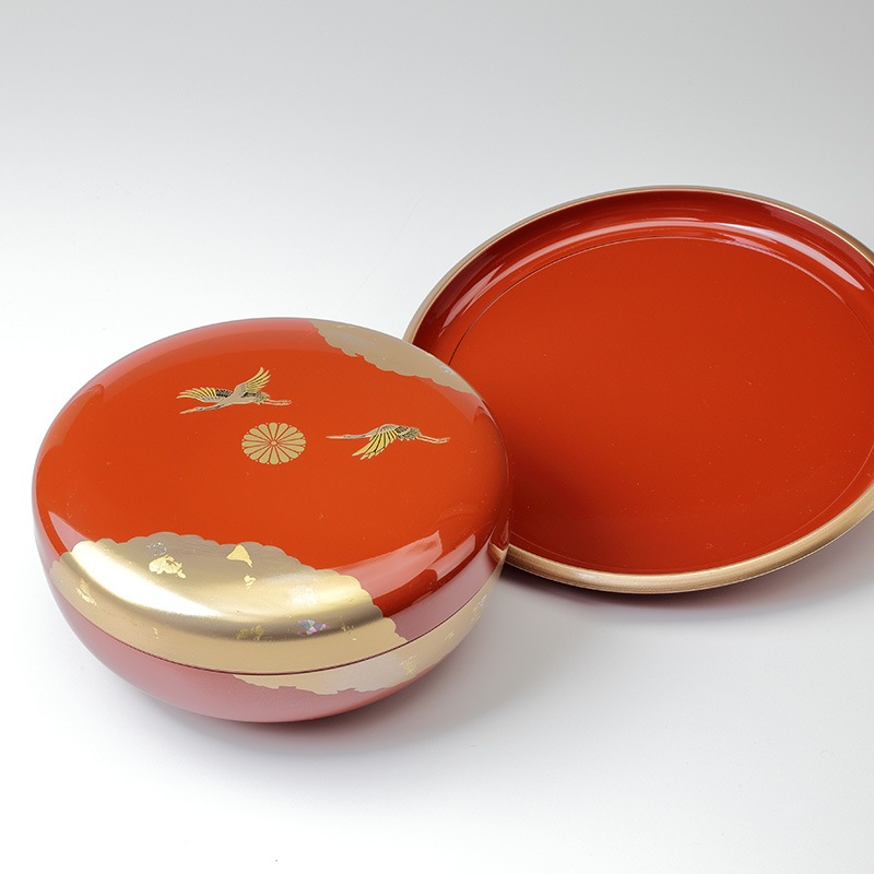 叙勲褒章の返礼品 祥鶴丸盆8寸 菓子器セット