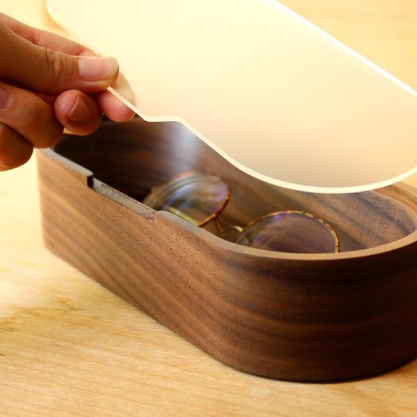 メガネを取り出しやすいおしゃれな木製メガネ・サングラスケース