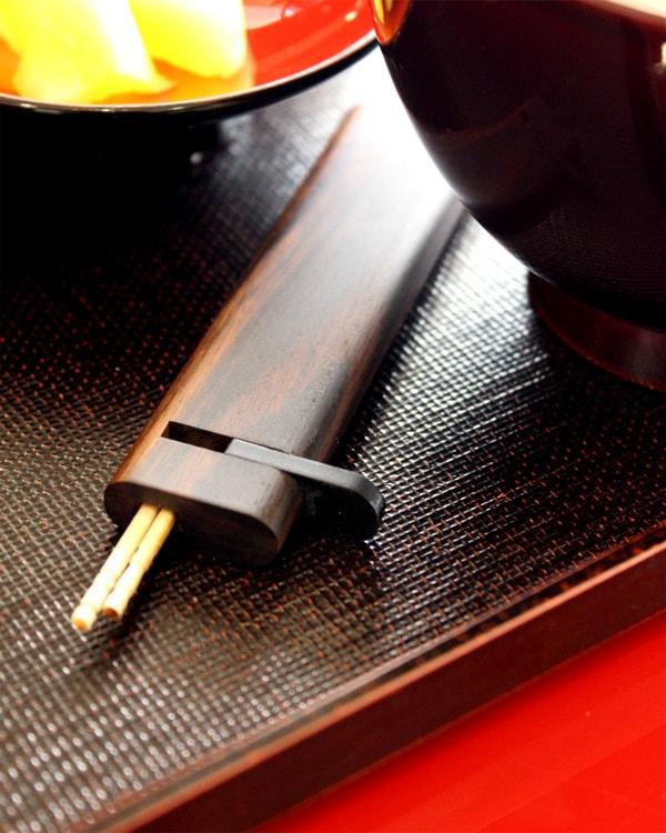 木製の携帯爪楊枝入れ・つまようじケース「Toothpick Holder 黒檀」