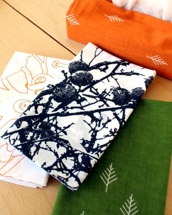 木をモチーフにしたかわいい日本製手拭い・布巾「手染めてぬぐい」