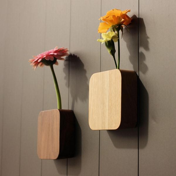 集成材を使用した木製の北欧風一輪挿し