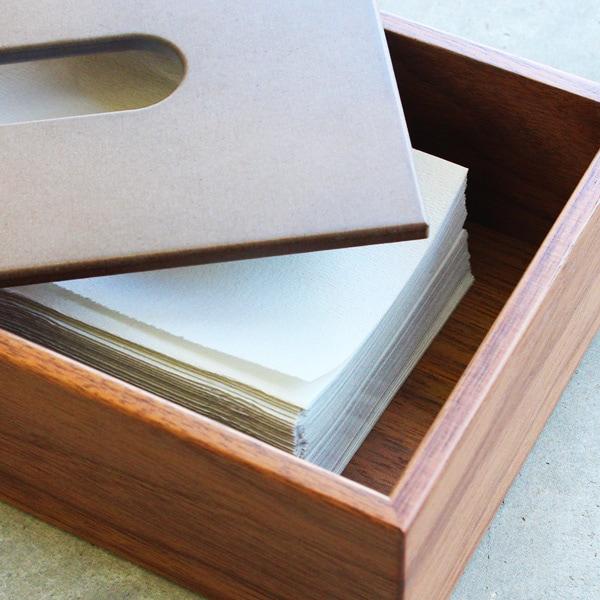 使いやすい北欧風のオシャレな木製ティッシュボックス