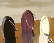 手軽に取付けられるマグネットキーホルダー