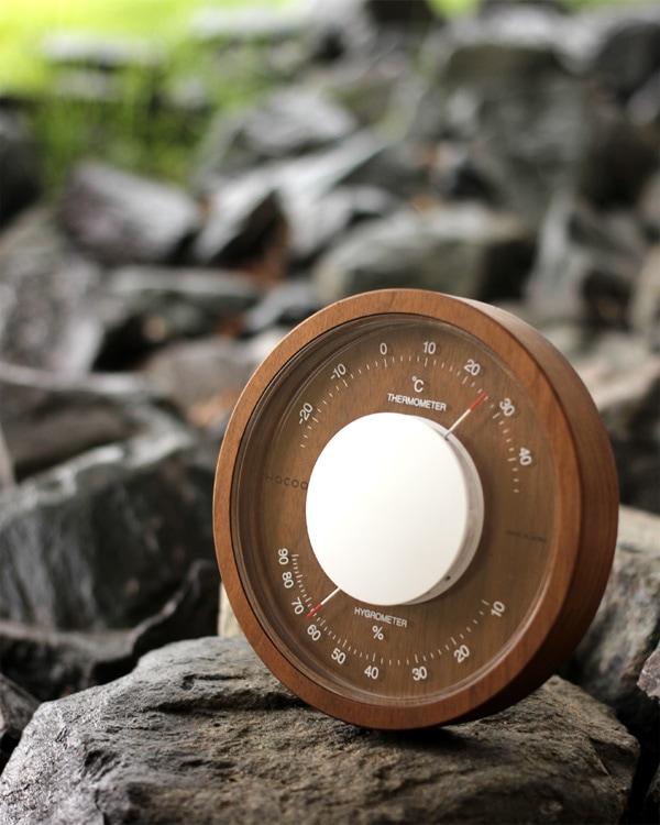 時の流れと共に味わいを増すおしゃれな木製温湿度計「Thermo & Hygro Meter」