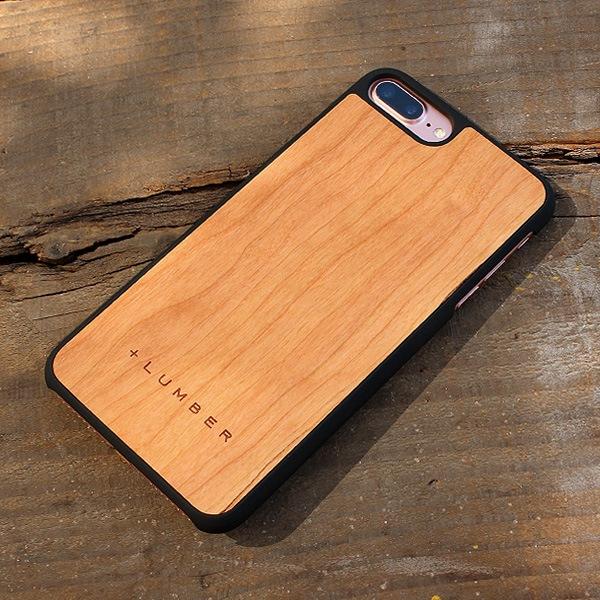 天然木の手触りと自然の木目が楽しめるアイフォン7PLUS専用のハードケース