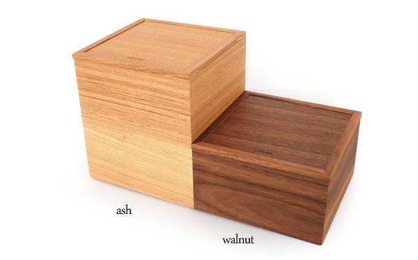 木の質感がモダンな重箱