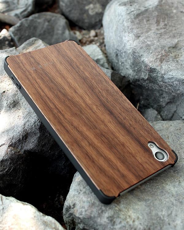 丈夫なハードケースと天然木を融合したXperia X Performance専用木製ケース