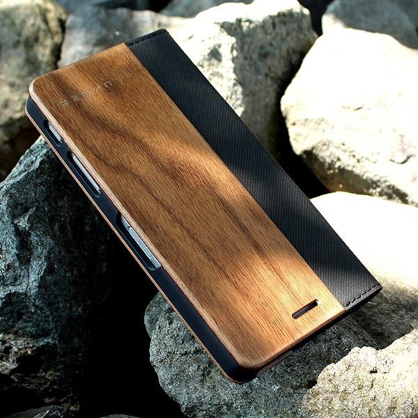 手触り良い塗装を施した木製エクスペリアXパフォーマンスケース