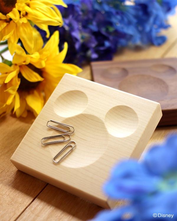 ミッキーマウスの形をしたくぼみがクリップをキャッチ「Clip Catch Disney」