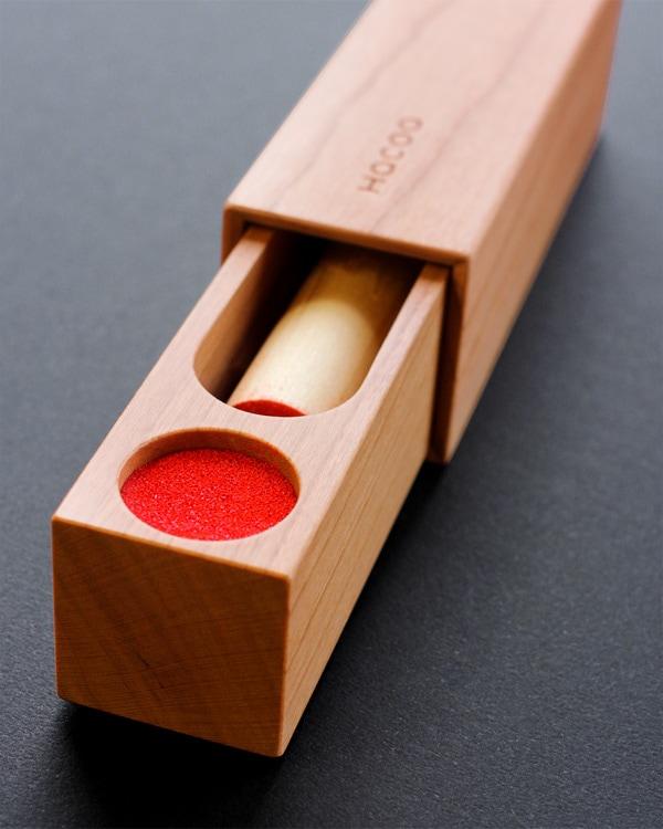 大切な実印をしまっておく木製印鑑ケース「SealCase 実印タイプ」