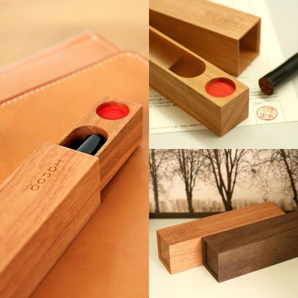 マグネットでしっかりとまる、おしゃれな木製印鑑ケース