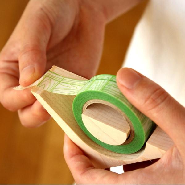 木で切るマスキングテープカッター