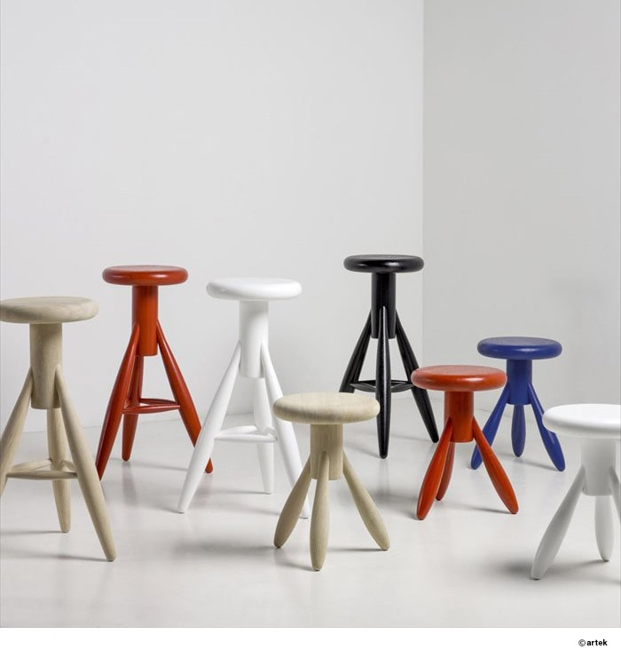 EA001 STOOL ROCKET
