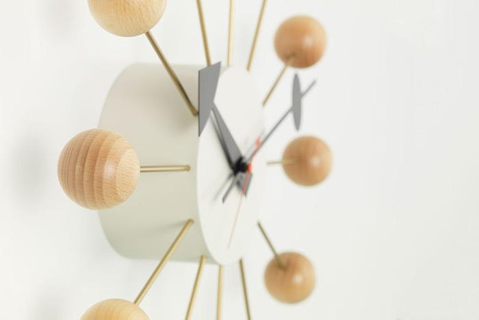 掛け時計ボールクロック