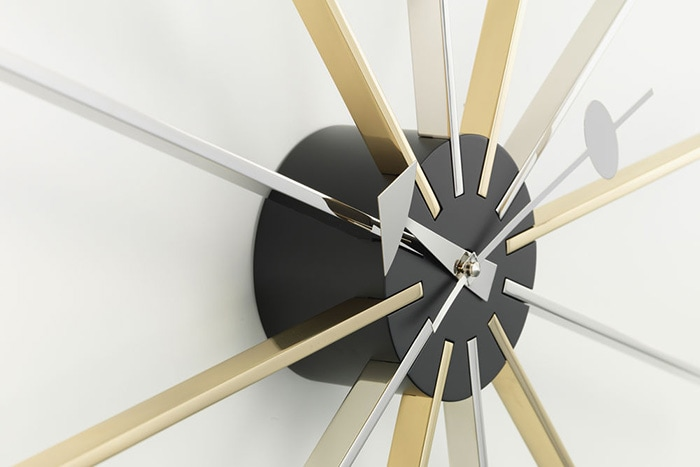 Stra Clock