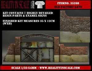 【新製品】35268)古びた工場の門扉
