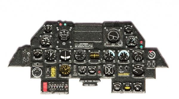 【新製品】YMA4816)P-47 サンダーボルト 後期型 計器盤