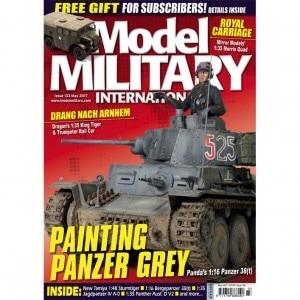 【※任意】モデルミリタリーインターナショナル 133)PAINTING PANZER GREY