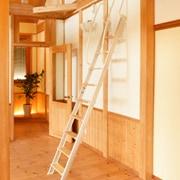 金属製ロフトはしごハイブリッドラダー(木製アルミ)の全体画像