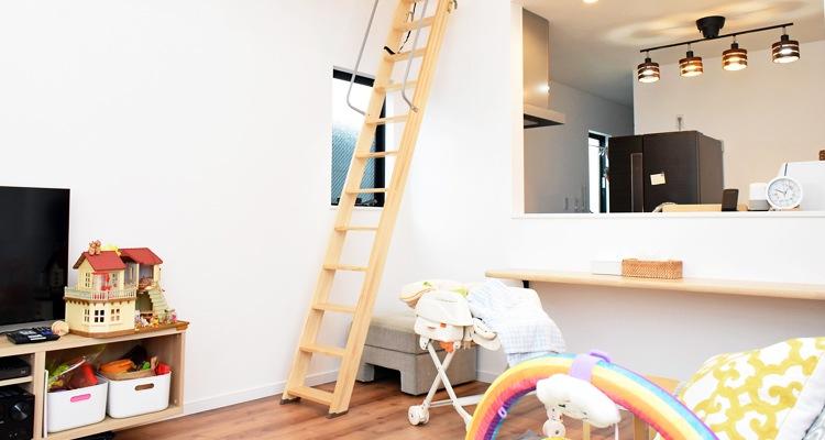 木製ロフトはしごセーフティーラダーの設置風景