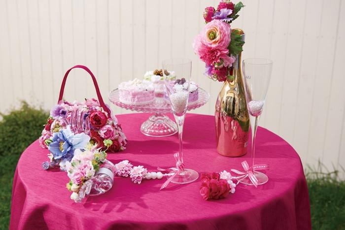 テーブルコーディネイトの造花