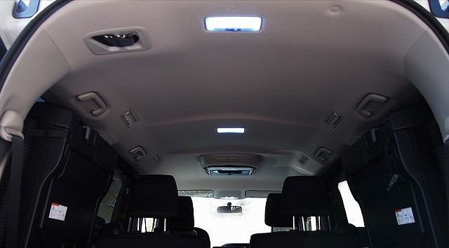 エスクァイア HYBRID Gi/ HYBRID Xi/Gi/Xiグレード トヨタ FLUX LED ルームランプ 7点