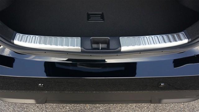 新型 プリウス 50系 ラゲージ スカッフプレート 全グレード対応