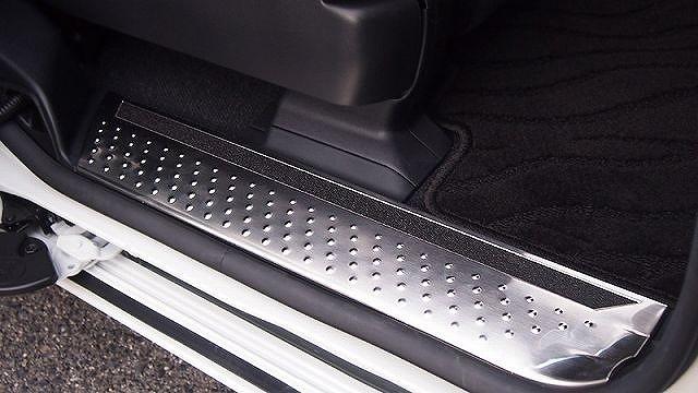 新型シエンタ 170系 トヨタ フロント リア スカッフプレート 4P ステンレスマット仕上げ すべり止め付き