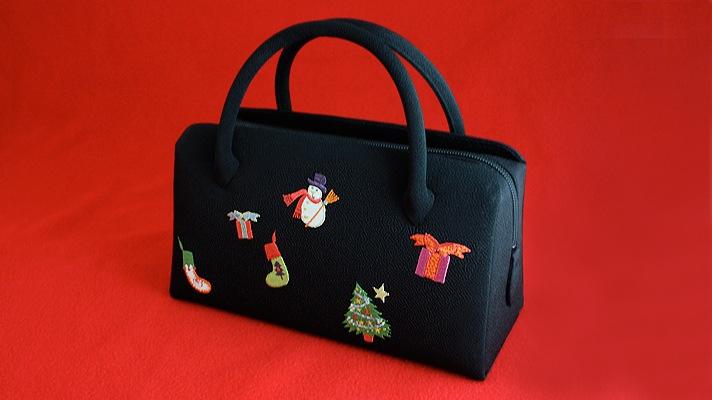 和装バッグ(利休バッグ・着物用ハンドバッグ)葵バッグ「クリスマス・チャーム」黒地 クリスマス柄刺繍(スノーマンやツリーなど)