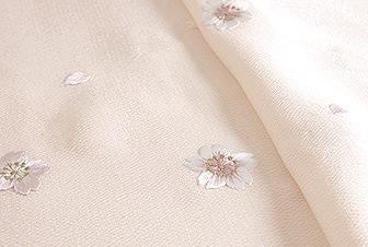 春の帯揚げ 綸子刺繍桜  A. さくら色