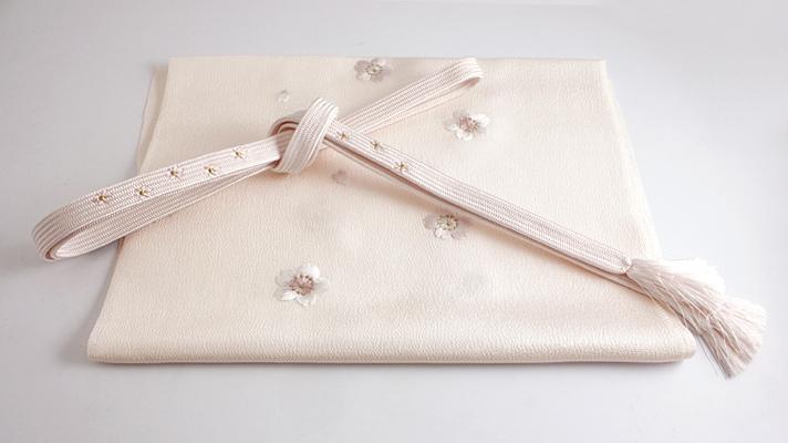 和装小物「桜の帯締め・帯揚げセット 桜色」井澤屋 桜柄