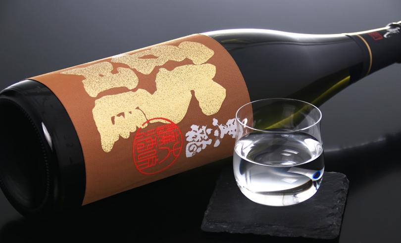 黒龍 大吟醸 龍(箱入) 1.8L
