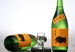 黒牛 純米吟醸 雄町 瓶燗急冷