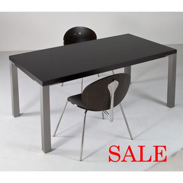 セール テーブル