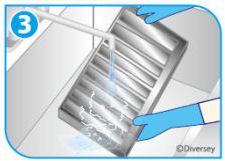 ディバーシー 油汚れ用洗剤 [T30203] 5kg 厨房のしつこい油汚れを溶かして落とす!抜群の洗浄力!油汚れ用洗浄剤[無りん]