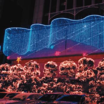 LEDつららライトやLEDネットライトを使用したLEDイルミネーションの施工事例。