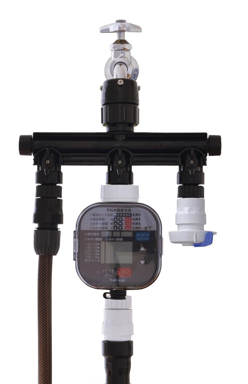 ホース、自動で水やりができるタイマーとコネクターシャワーをつないだ3分岐蛇口ニップル(ブラック・黒)