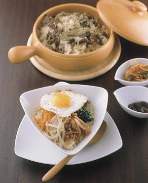 牛肉とごぼうの炊き込みご飯 ビビンバ風