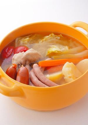 鶏手羽と野菜のスープ煮