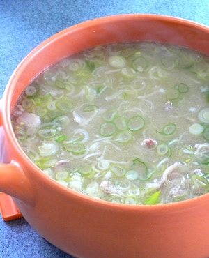 里芋と豚肉の味噌汁