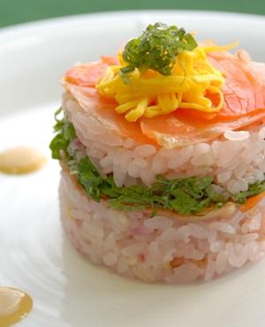 雑穀サーモン寿司