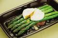 アスパラのポーチドエッグのせの作り方