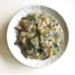 鹿肉と鶏肉の豆乳スープ仕立て