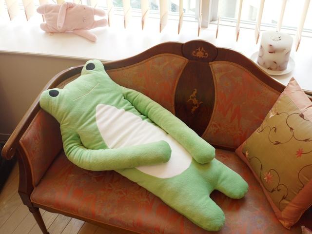 けろーにょ 濃緑 LLサイズ抱き枕