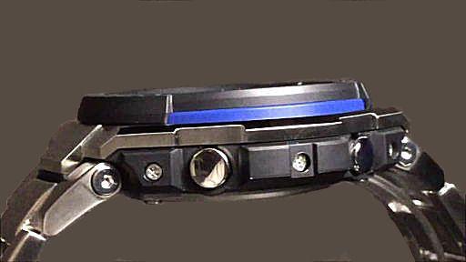 カシオGショックGスチール casio G-SHOCK GST-W100D-1A2JF