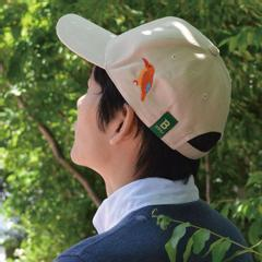 日本野鳥の会 オリジナルキャップ アカショウビン(サンド) 着用イメージ