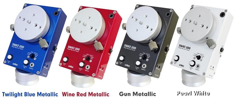 SWAT-200・メタリックの商品画像。左からトワイライト・ブルー・メタリック、ワイン・レッド・メタリック、ガン・メタリック、パール・ホワイト。